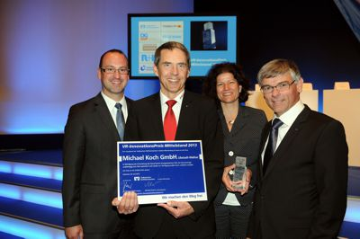 Official winner's photo: Christine and Michael Koch (at the centre) with representatives of the Volksbank Wiesloch-Sinsheim eG
